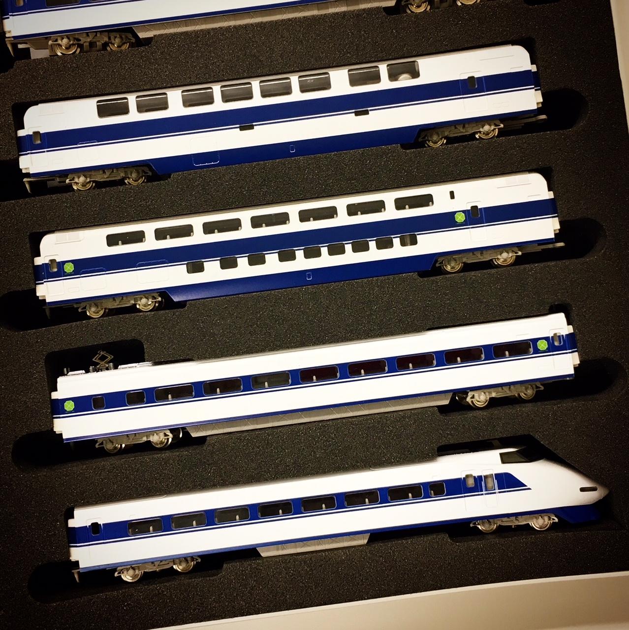 新幹線100系の模型2